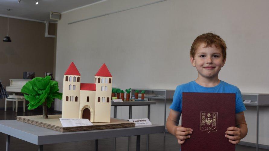 Podziękowania dla autorów miniatur obiektów na Szlaku Piastowskiego